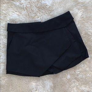 Fabula Size 6 Black Skort 100% Cotton 🖤